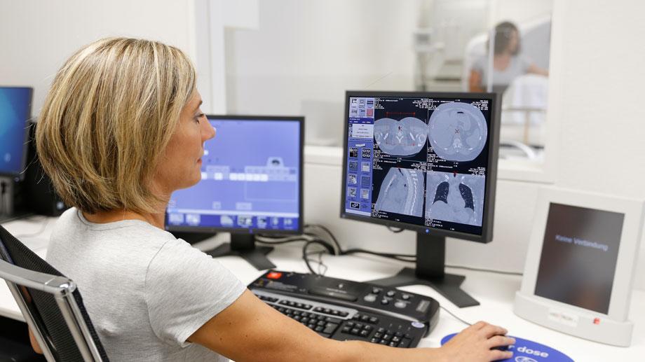 RNR Radiologie und Neuroradiologie am Glattzentrum: Computertomographie (CT)
