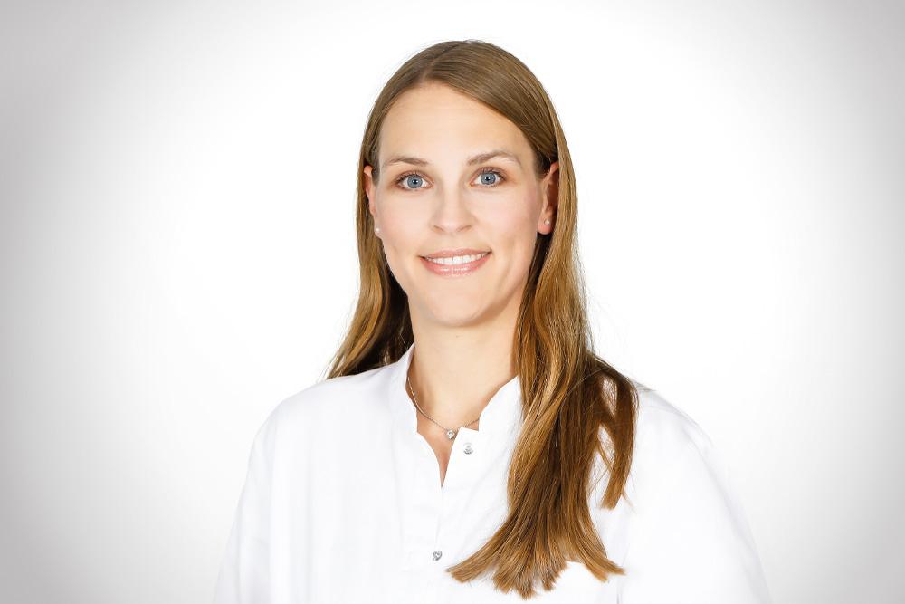 Dr. med. Karin Gzara-Füllemann